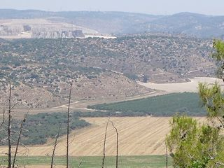 Haela valley.jpg